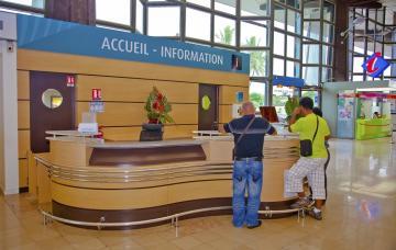 RAPPORT DE FRÉQUENTATION Offices & Maisons de Tourisme - 2011