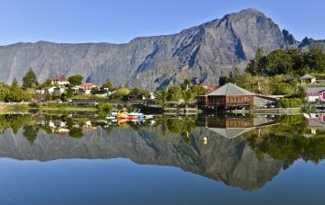 FRÉQUENTATION TOURISTIQUE 2012 - PLAQUETTE IRT